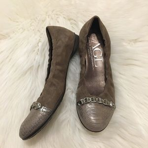 AGL Cap Toe Ballet Flats with Chain 37